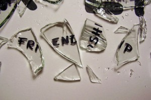 broken-broken-friendship-friendship-glass-favim-com-143923_large